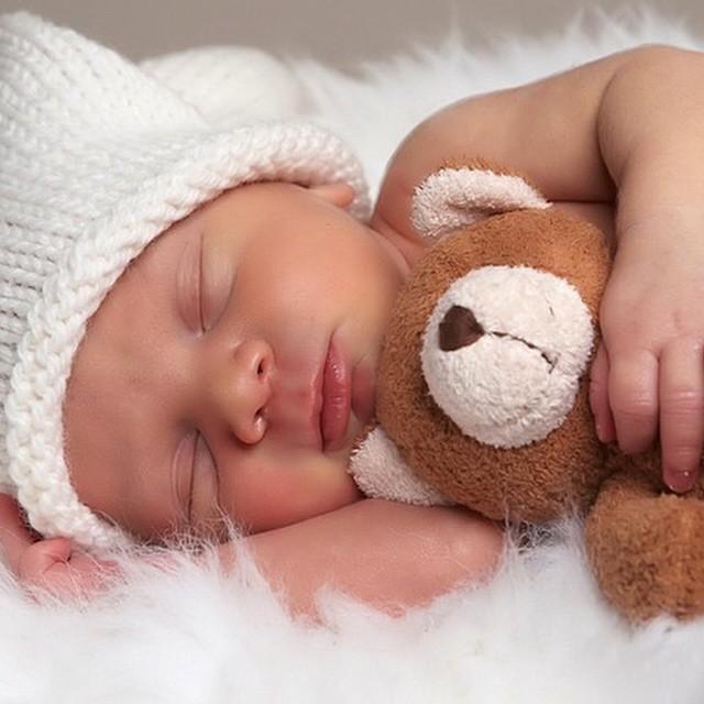 Hoje no blog #vestidademae tem um texto super explicativo da @mommyinbloom sobre o sono do bebê! Estou amando aprender sobre tudo isso! ?? www.vestidademae.com.br