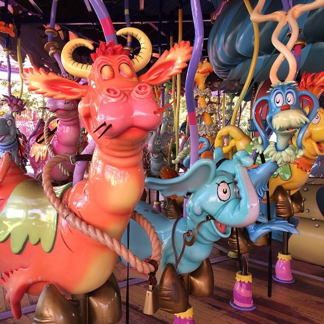 Minha opinião do fundo do ❤️? Os parques da Disney têm toda uma magia especial... Mas os parques da #UniversalStudos estão bem mais bonitos, agradáveis, fofos e modernos! Mesmo sem eu poder ir na maioria dos brinquedos da Universal, amei mais passear por aqui! ?