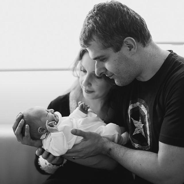 Família. ? Foto @fernandapetelinkarfotografia  #MundodoNicolasF